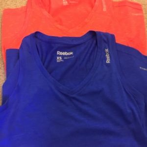 Under Armour Tops - Bundle athletic tanks 3 XS, 1 Small.